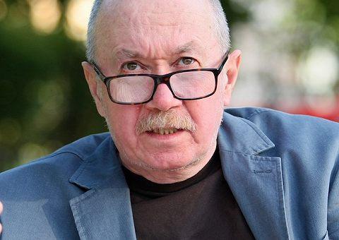 Дениса Драгунского назвали вымышленным персонажем