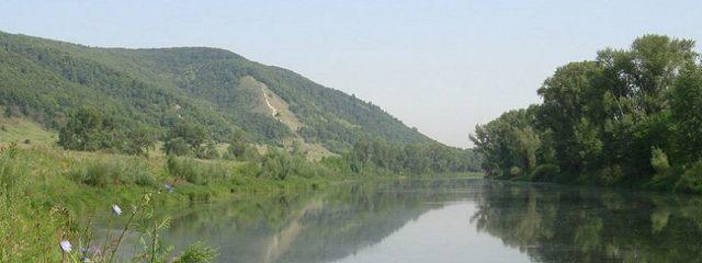 Географ, или Каменное озеро (рассказ в стихах)
